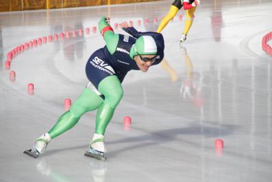 専修大学スピードスケート部・松井宏佑選手を金栄堂でサポート!_c0003493_9131377.jpg