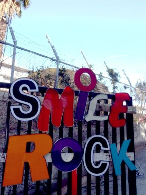 SMILE ROCK RIDE_b0132101_16223719.jpg