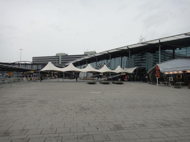 アムステルダムに来ております。_e0069415_1593751.jpg
