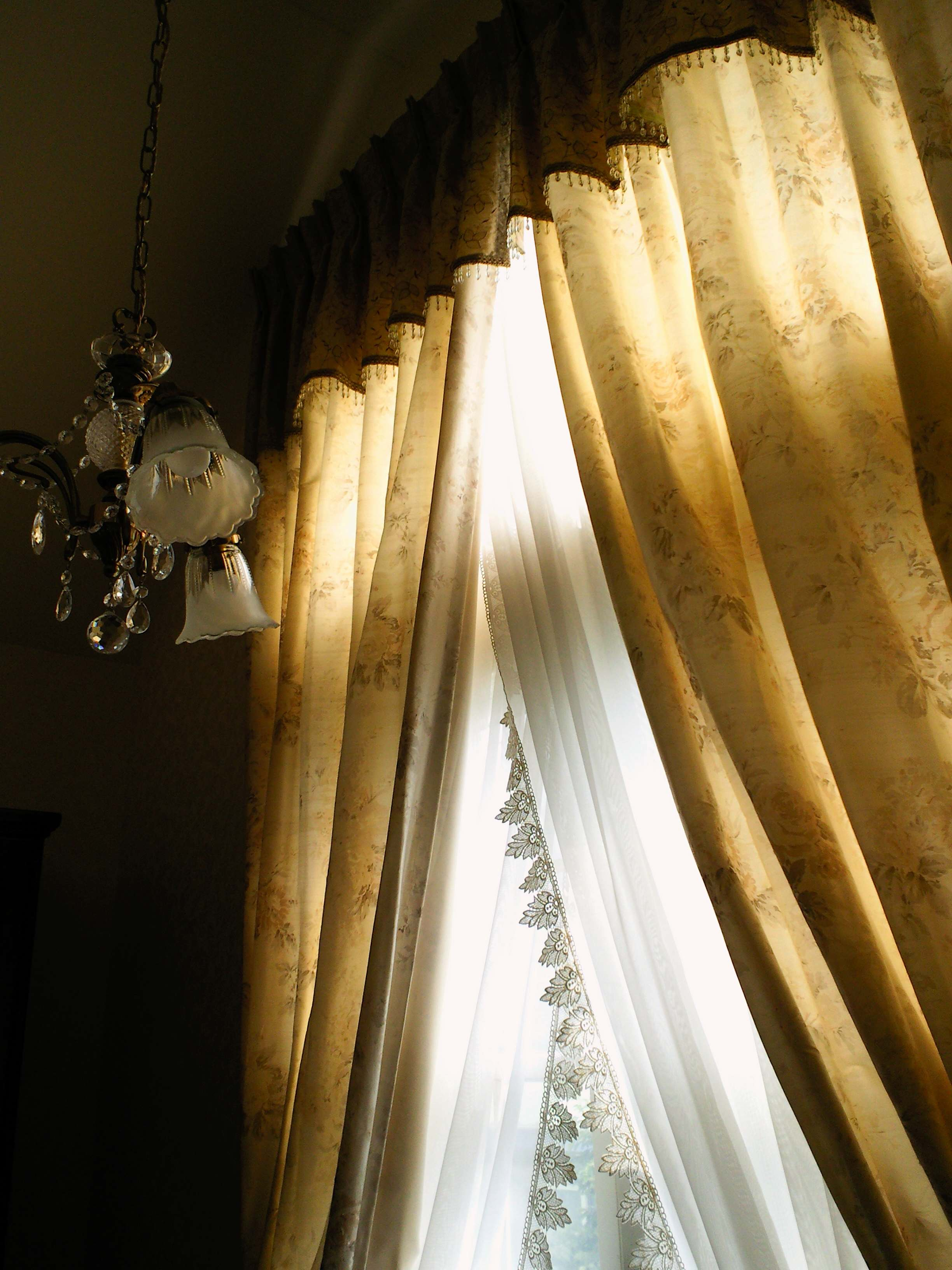 プリーツバランスで飾る、スタイルのあるカーテン。_c0157866_12502452.jpg