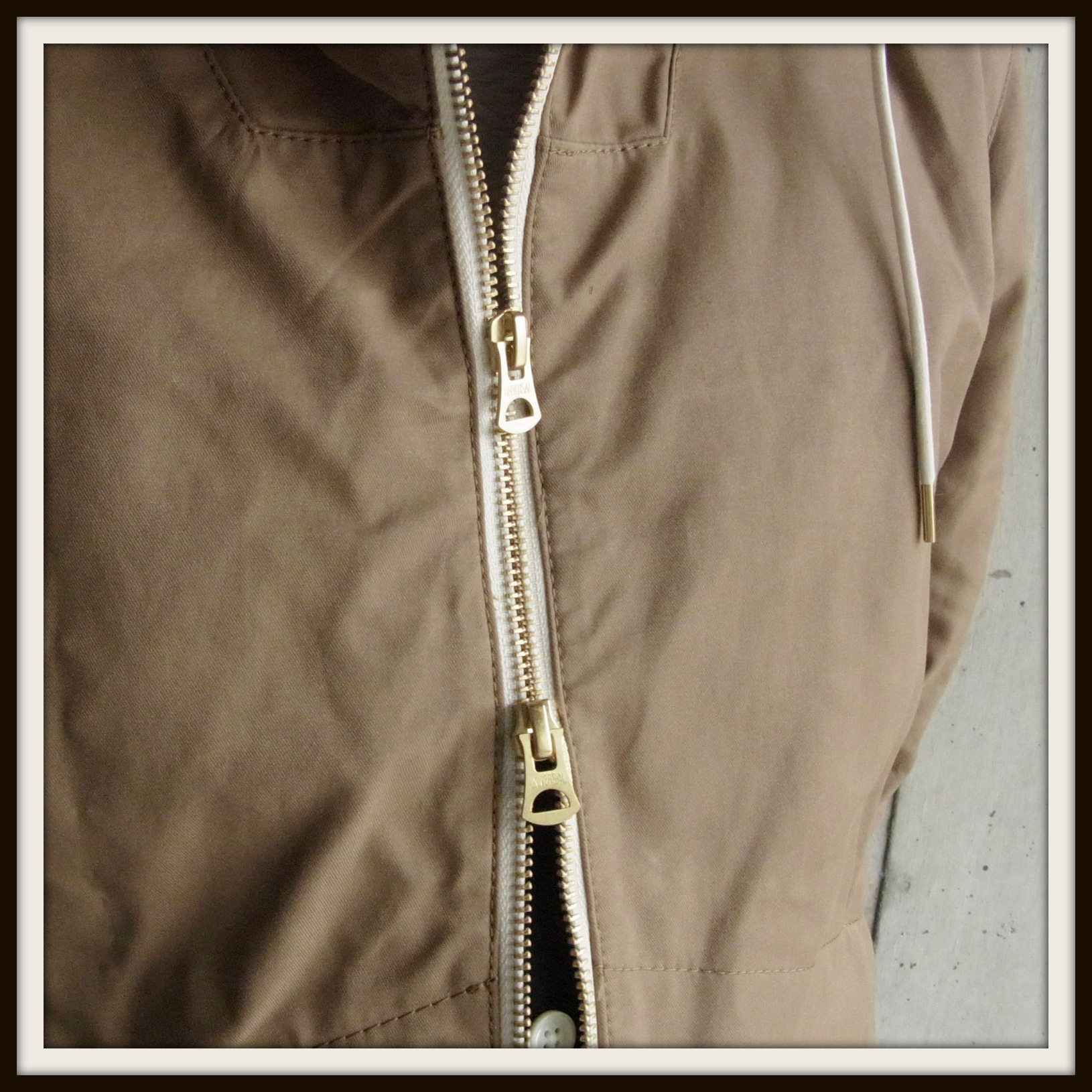 ◆Wax Cotton Hooded Blouson_e0142928_2334593.jpg