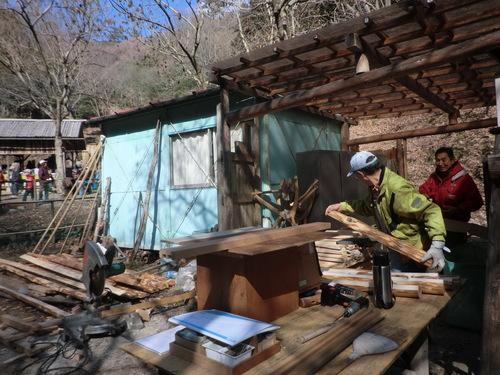 里山に100人以上の親子連れが訪れて by 「仁べ」_c0239329_2128192.jpg