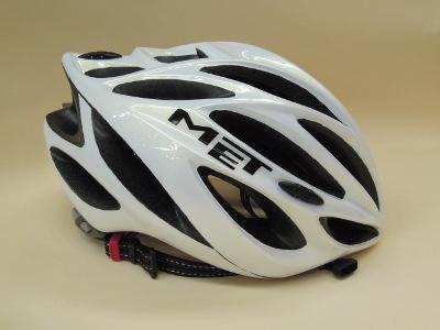 製品のご紹介 YAKKAY(ヤッカイ)ヘルメット他_d0174462_450949.jpg