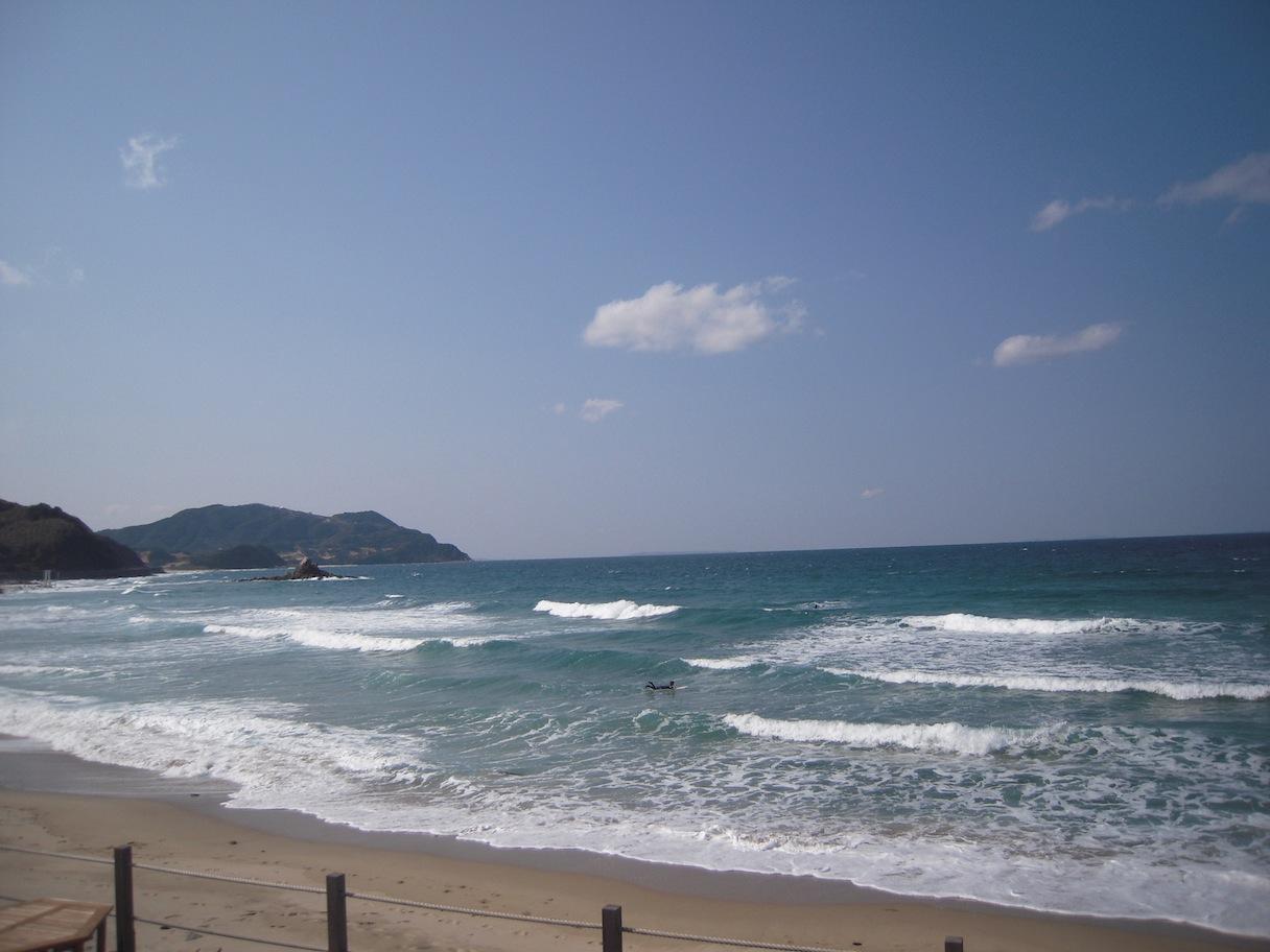 今日の波イン二見_d0076864_13453158.jpg