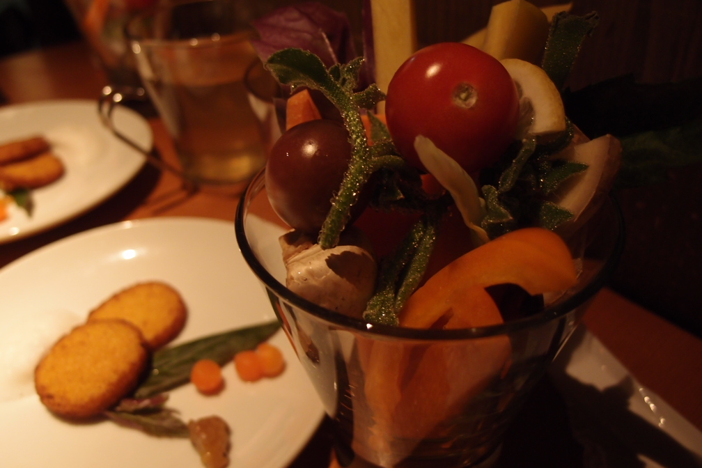 90%が野菜のコース料理_a0116902_18232411.jpg