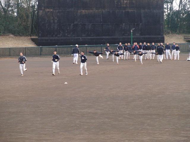 富士市立高校野球部の冬の練習風景_f0141310_7563658.jpg