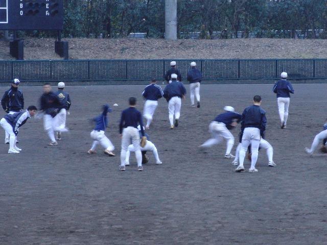 富士市立高校野球部の冬の練習風景_f0141310_7571654.jpg