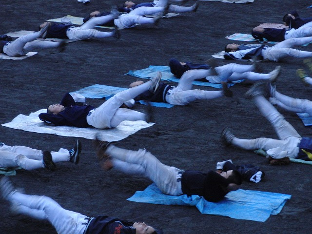 富士市立高校野球部の冬の練習風景_f0141310_7594711.jpg
