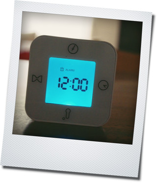 IKEAのキャンドルと時計_e0214646_20531332.jpg