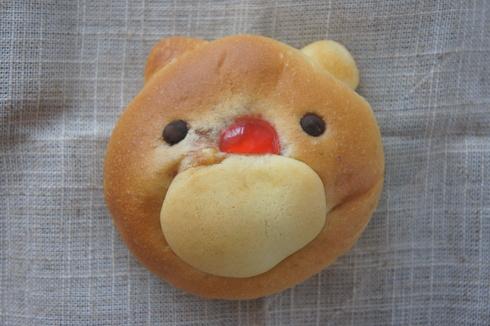 京都の雛祭り菓子と くまキャラメルパン_d0210450_15385074.jpg