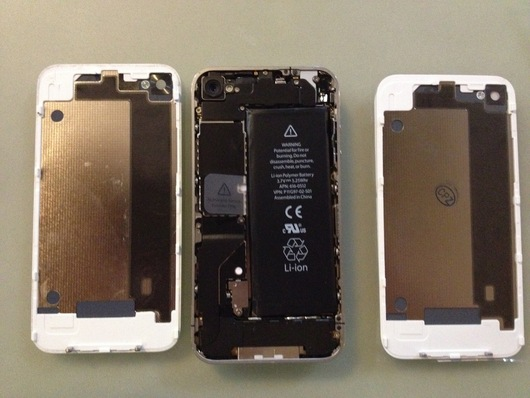 iPhone4の修理 #iPhone4 #BackPanel_f0065559_2344357.jpg