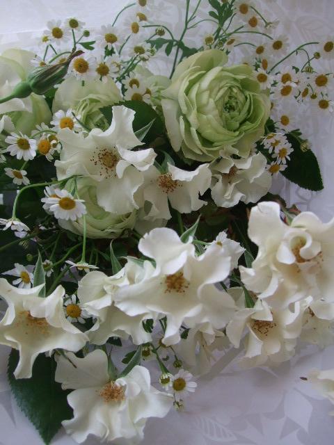 オークリーフ(薔薇と草花の花束)_f0049672_1556563.jpg