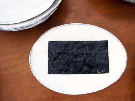 お魚のお皿,海苔のお皿。初日です。_a0026127_15554931.jpg