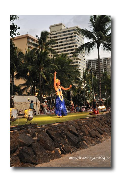 さかなや家族 旅行 in Hawaii 〜 3日目 〜 Kuhio Beach Hula Show_d0069838_12324046.jpg