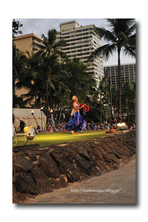 さかなや家族 旅行 in Hawaii 〜 3日目 〜 Kuhio Beach Hula Show_d0069838_12352732.jpg