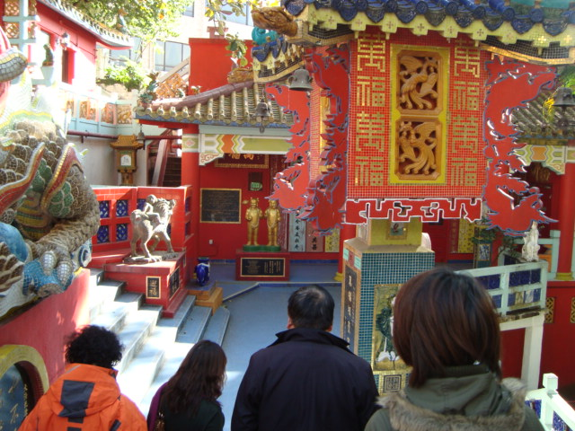 香港へ行く。③ ~奇界遺産「天后廟」~_f0232060_55745100.jpg