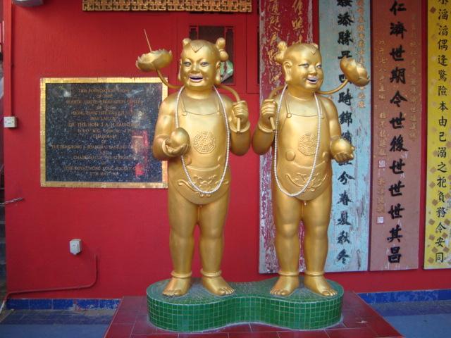 香港へ行く。③ ~奇界遺産「天后廟」~_f0232060_662940.jpg