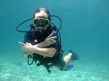 2度目の体験ダイビングは!_f0144385_23472583.jpg