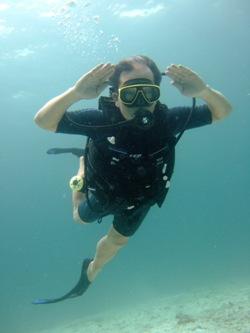 2度目の体験ダイビングは!_f0144385_2347561.jpg