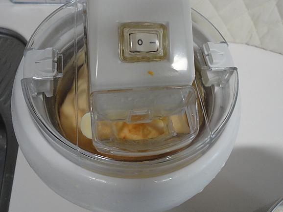 手作りアイスクリーム☆_e0230011_16475949.jpg