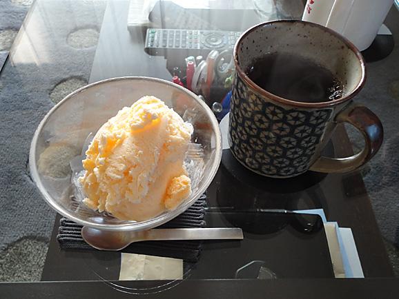 手作りアイスクリーム☆_e0230011_16494060.jpg