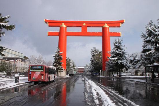 平安神宮雪景色_e0048413_18295413.jpg