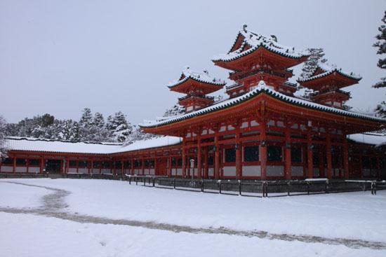 平安神宮雪景色_e0048413_18303361.jpg