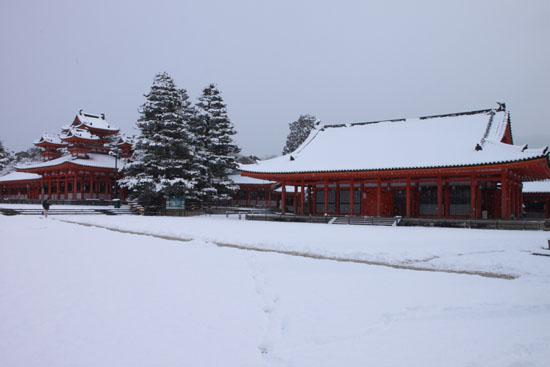 平安神宮雪景色_e0048413_18304857.jpg