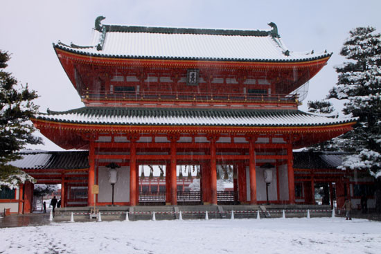 平安神宮雪景色_e0048413_1830773.jpg