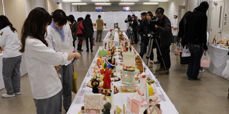 名古屋製菓専門学校の第14回製菓祭開催中です。 _b0110019_1572868.jpg