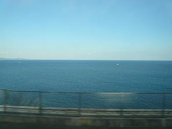 青い空と青い海_d0020309_1752429.jpg