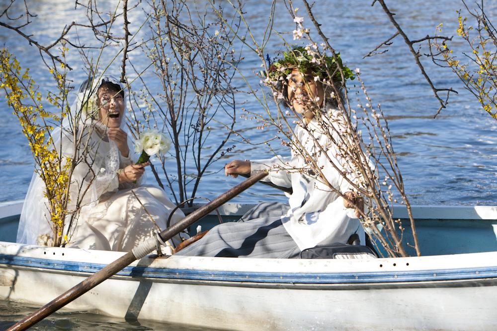 写真家マーティン・リチャードソンさんが撮影してくださった2月12日・松岡芽ぶきさんとの水上結婚式の写真_f0006713_0225732.jpg