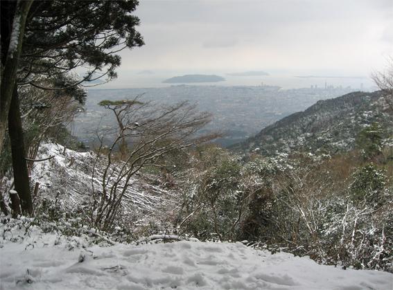 ■やっぱり、雪の油山_d0190217_1030222.jpg