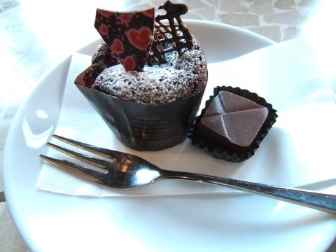 チョコレート専門店_d0207324_12295051.jpg