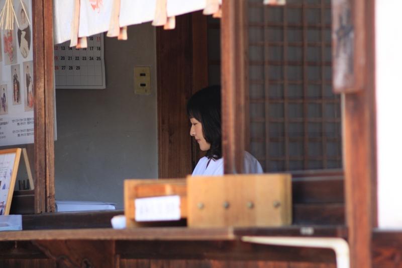 歴史の散歩道~鶴羽根神社~_b0190540_22254593.jpg
