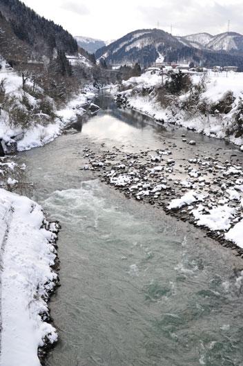冬の川_c0093046_1528492.jpg