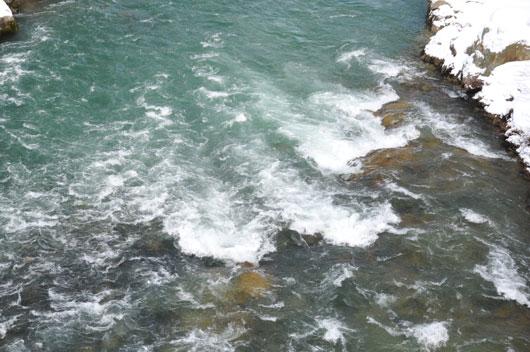 冬の川_c0093046_1529711.jpg