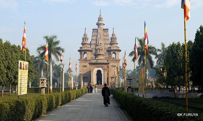 インド旅行記 9  仏教の聖地 サルナートその1_a0092659_19564230.jpg