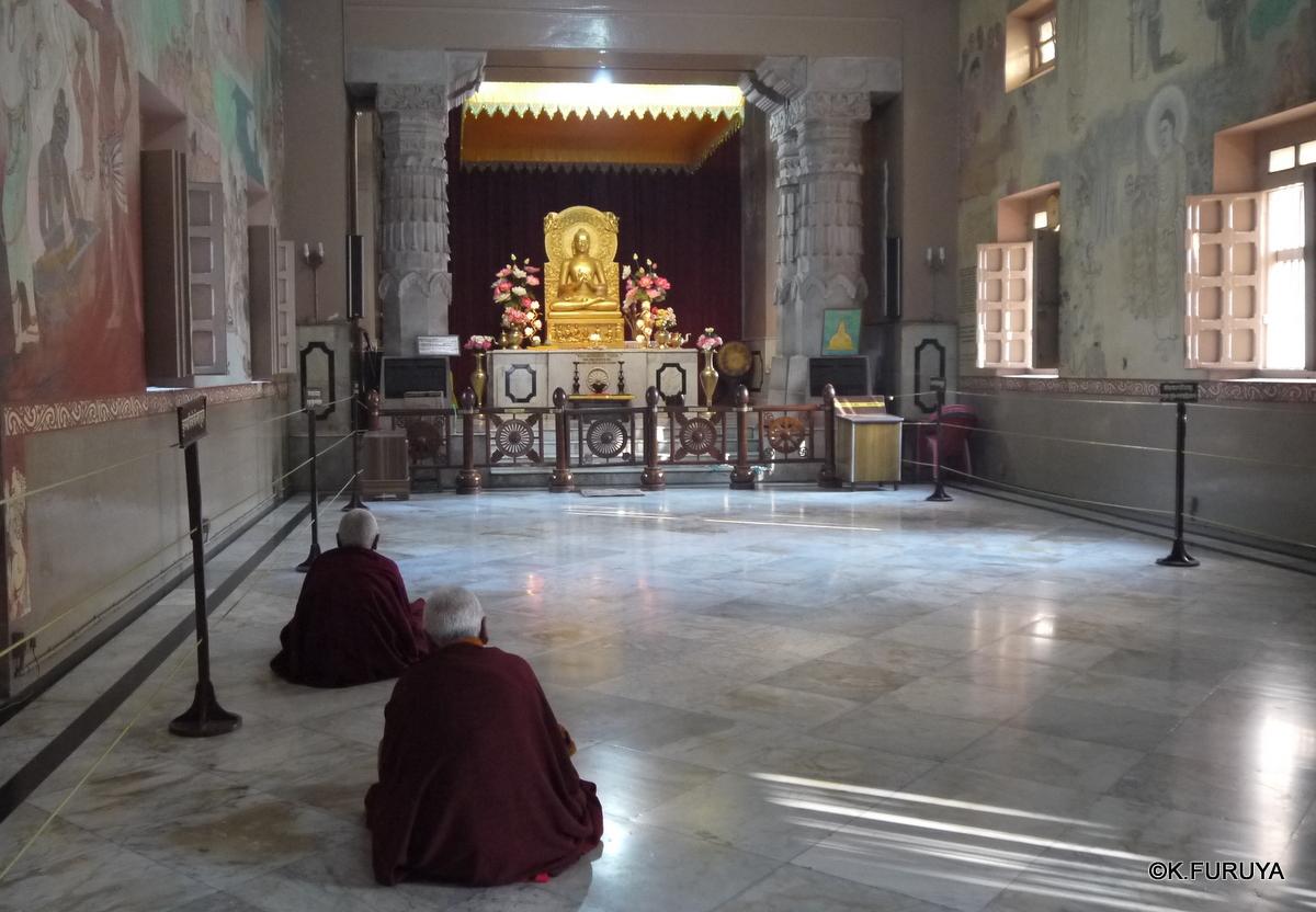 インド旅行記 9  仏教の聖地 サルナートその1_a0092659_20543994.jpg