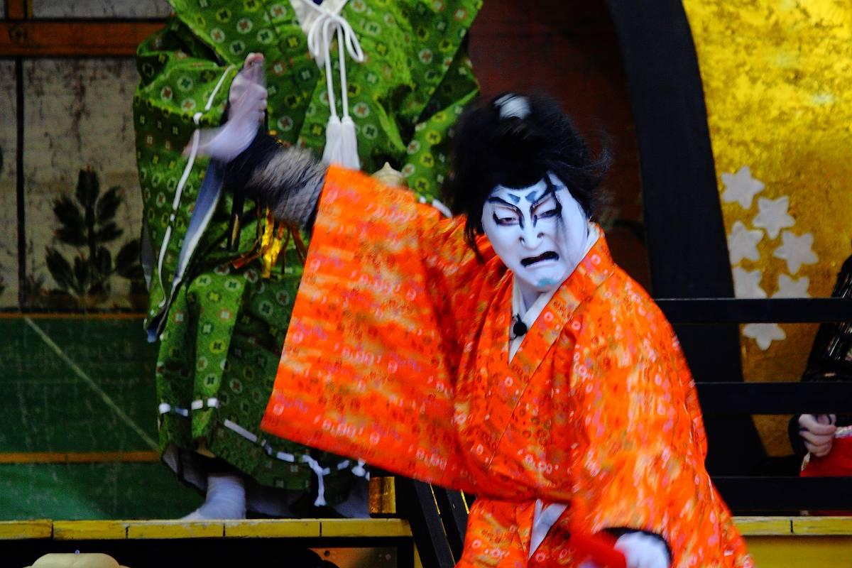 黒森歌舞伎_d0106628_17584371.jpg