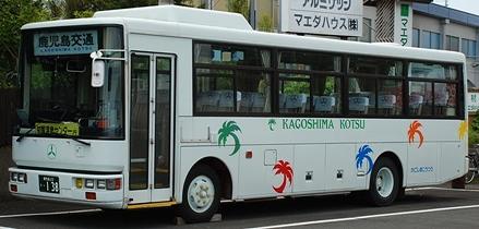 鹿児島交通 日デP-RB80GR +西工_e0030537_017243.jpg
