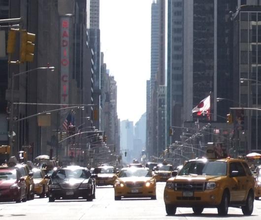 ニューヨーク・ミッドタウン、6番街沿いの高層ビル群_b0007805_1522764.jpg