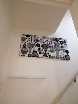 IKEAの棚で写真を飾る_e0214646_12184676.jpg