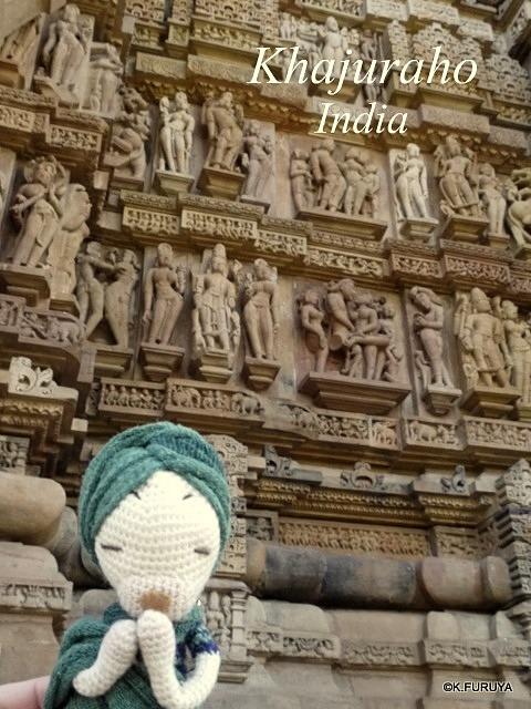 インド旅行記 11  カジュラホ その1_a0092659_19494523.jpg