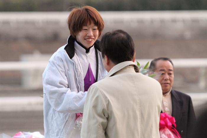森井美香騎手 引退式 その1_a0077663_1734137.jpg