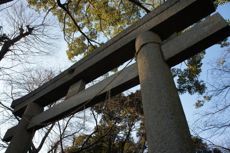 千駄堀・香取神社 鳥居新築工事  2012.2.21_e0223769_1940012.jpg