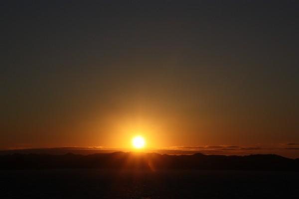 日の出の空_f0055131_9435914.jpg
