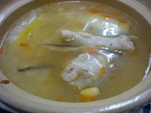 ~鶏手羽元のスープ鍋~_d0195052_1442083.jpg