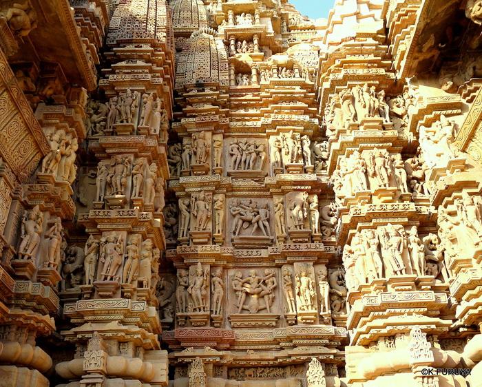インド旅行記 12  カジュラホ西の寺院群_a0092659_2204512.jpg