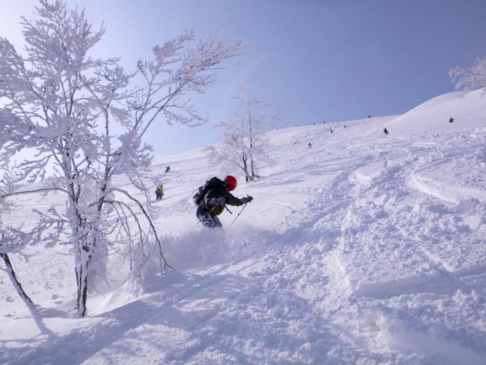 八甲田極楽スキー&温泉ツアー(その4) ~ 2012年2月14日_f0170180_20431682.jpg